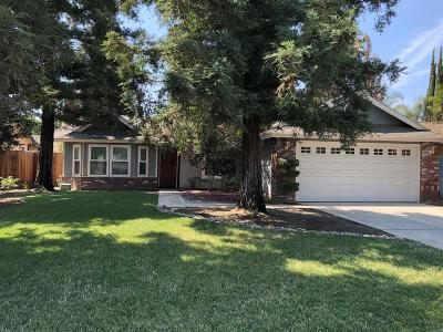Visalia Single Family Home For Sale: 5937 W Dartmouth Avenue
