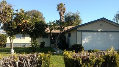 Visalia Single Family Home For Sale: 326 E Evergreen Avenue