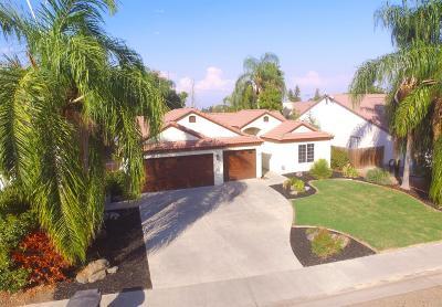Visalia Single Family Home For Sale: 2406 Murray Court