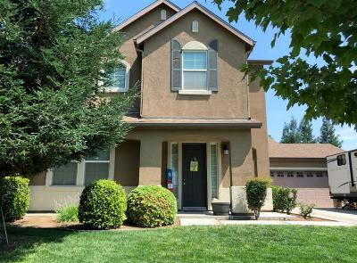 Reedley CA Single Family Home For Sale: $379,900