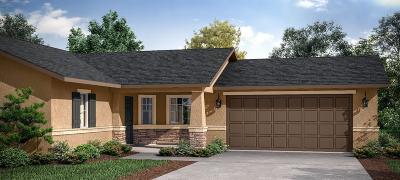 Visalia Single Family Home For Sale: 822 Perez Ave.