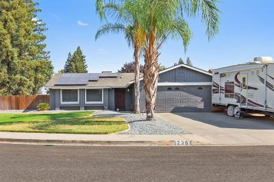 Visalia Single Family Home For Sale: 1236 W Dorothea Court
