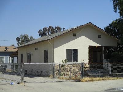 Visalia Multi Family Home For Sale: 1442 N Court Street