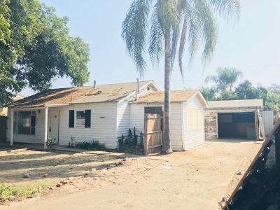 Visalia Single Family Home For Sale: 1104 N Turner Street