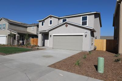 Visalia Single Family Home For Sale: 620 S Elverta Street