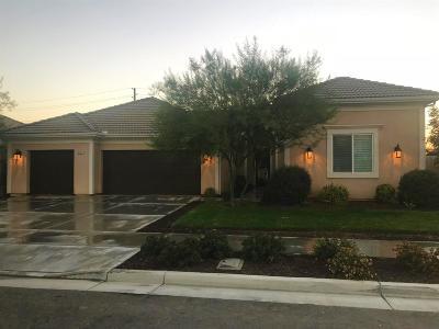 Visalia Single Family Home For Sale: 2727 N Sidney Street
