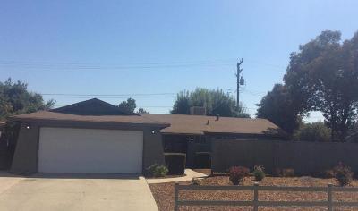 Visalia Single Family Home For Sale: 1114 S County Center Drive