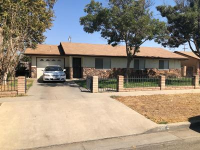 Tulare Single Family Home For Sale: 524 S R Street