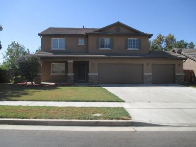 Visalia Single Family Home For Sale: 4227 E Villoy Avenue