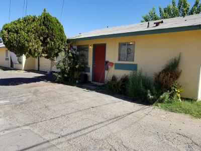 Visalia Multi Family Home For Sale: 1000 E Douglas Avenue