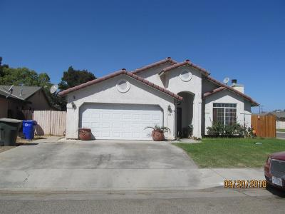 Porterville Single Family Home For Sale: 601 S Creekside Street