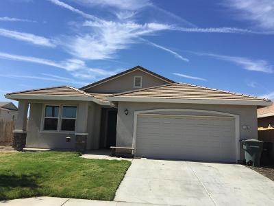 Hanford Single Family Home For Sale: 1356 Edgewood Drive