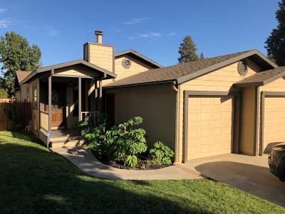 Visalia Single Family Home For Sale: 1616 S Regina Street