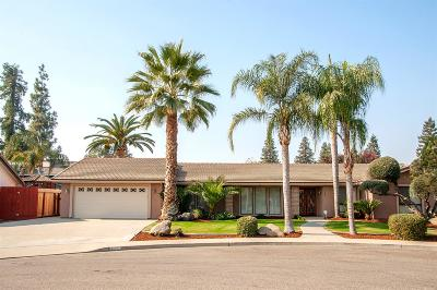 Visalia Single Family Home For Sale: 835 N Cindy Court