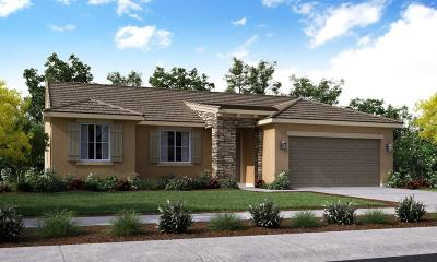 Visalia Single Family Home For Sale: 1025 E Mesa Court