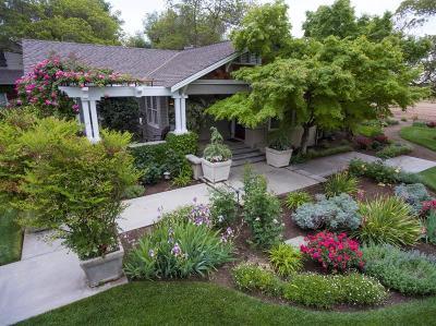 Dinuba Single Family Home For Sale: 40768 74 Road