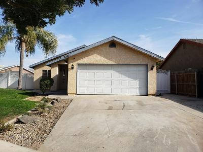 Tulare Single Family Home For Sale: 370 Trinity Court