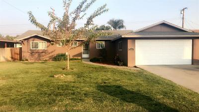 Visalia Single Family Home For Sale: 3410 S Hall Street