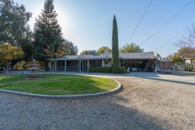 Visalia Single Family Home For Sale: 2523 E Goshen Avenue #A