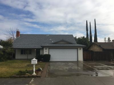 Porterville Single Family Home For Sale: 288 S Lotas Street