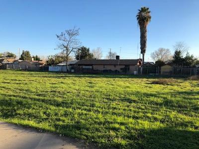 Tulare County Residential Lots & Land For Sale: 221 W Date Avenue