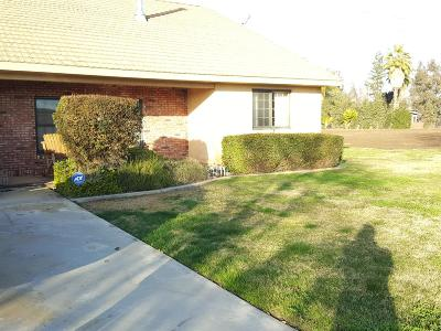 Visalia Single Family Home For Sale: 14797 Avenue 296 #A
