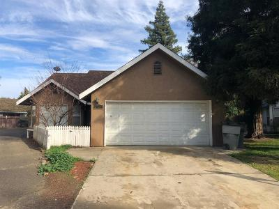 Single Family Home For Sale: 2720 W Mission Court