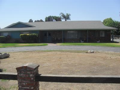Tulare County Single Family Home For Sale: 23241 Ave. 200