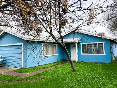 Hanford Single Family Home For Sale: 11231 Jones Street