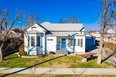 Hanford Single Family Home For Sale: 124 E Myrtle Street