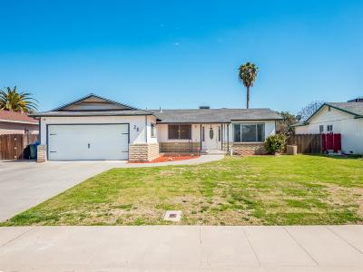 Lemoore Single Family Home For Sale: 38 S Byron Drive