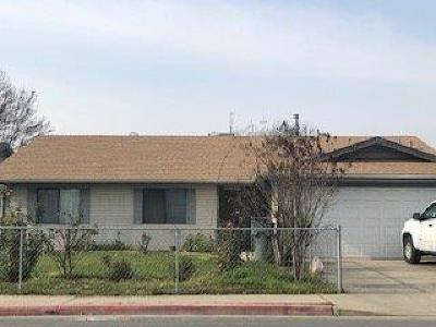 Porterville Single Family Home For Sale: 1175 N Prospect Street