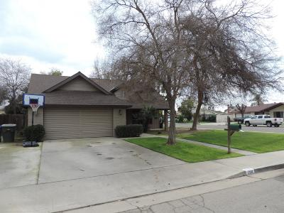 Porterville Single Family Home For Sale: 288 Greenwood Street