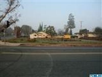 Tulare Residential Lots & Land For Sale: 708 E Tulare Avenue