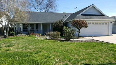 Visalia Single Family Home For Sale: 2130 S Sebastian Court