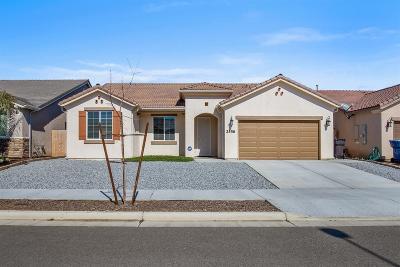Tulare Single Family Home For Sale: 2556 Plantation Avenue