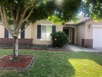 Visalia Single Family Home For Sale: 3429 N Minden Street