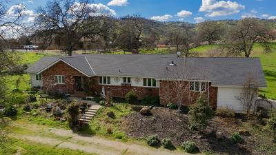 Springville Single Family Home For Sale: 16179 Cattle Drive