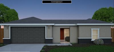Visalia Single Family Home For Sale: 2250 S Cotta Street