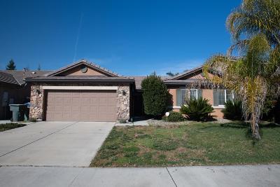 Visalia Single Family Home For Sale: 4740 W Nellis Avenue