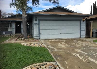 Visalia Single Family Home For Sale: 4224 W Cambridge Avenue
