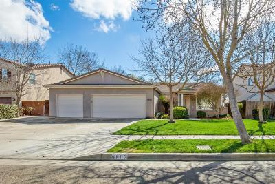 Visalia Single Family Home For Sale: 5903 W Clinton Avenue