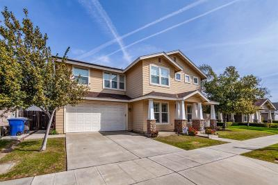 Reedley Single Family Home For Sale: 422 W Lilac