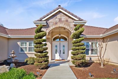 Visalia Single Family Home For Sale: 6806 W Grove Avenue