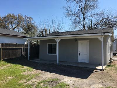 Porterville Single Family Home For Sale: 1157 W Roby Avenue