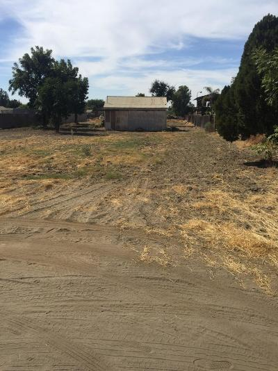 Tulare County Residential Lots & Land For Sale: N Woods