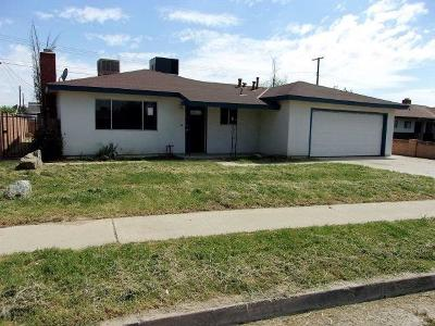 Tulare Single Family Home For Sale: 720 S Whitney Street