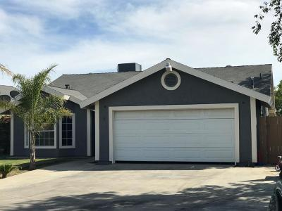 Delano Single Family Home For Sale: 1800 17th Place