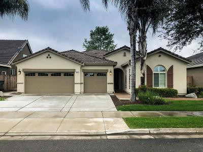 Visalia Single Family Home For Sale: 3632 W Elowin Avenue