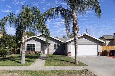 Tulare Single Family Home For Sale: 236 S E Street